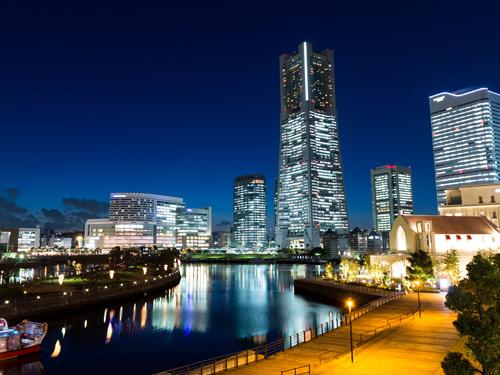 都市の夜のイメージ画像